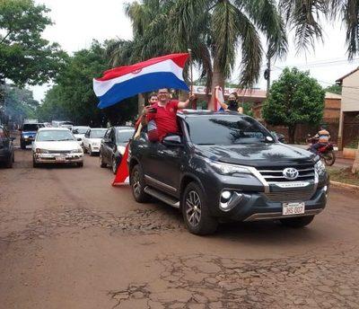 Caravana contra el corrupto Digno Caballero en Minga