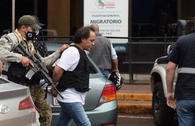 """Expulsan del país a """"Pingo"""", prófugo de Brasil por crimen organizado"""