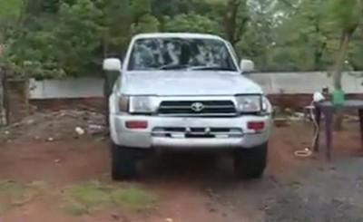Abandonaron camioneta robada poco antes por quedarse sin combustible