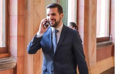 Abdo nombró a Hernán Huttemann como nuevo asesor jurídico de la Presidencia
