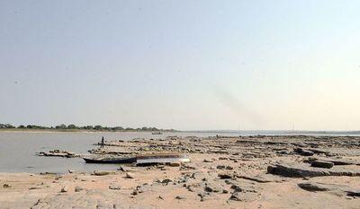 Tras semanas de continuo descenso, río Paraguay subió hoy 1 cm