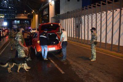 Paraguay y Brasil reabren sus tres fronteras motoras de intercambio comercial
