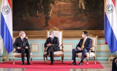 Nuevo Embajador de Italia en Paraguay presenta cartas credenciales