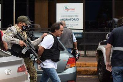 Expulsan a Pingo, ex PM y contrabandista que se escondió en una chimenea