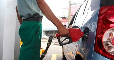 La Nación / Emblemas no estiman suba de precios gracias a suficiente combustible en stock