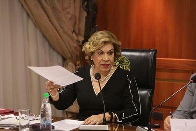 Gladys Bareiro se inhibe en la acción de la diputada Celeste Amarilla