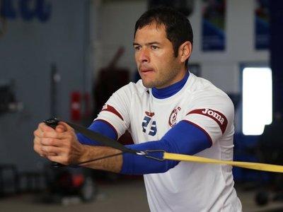 Pablo Aguilar, listo para reaparecer con el Cruz Azul