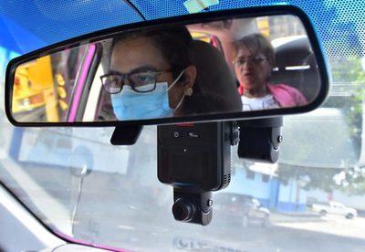 Taxis rosados para las mujeres en la segunda ciudad más importante de Honduras