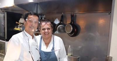 """La Nación / """"Amigo"""": el primer y único restaurante paraguayo en Tokio que causa sensación por sus platos típicos"""