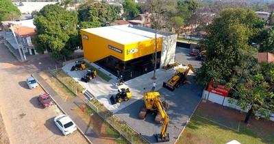 La Nación / De La Sobera inaugura nueva casa central de JCB