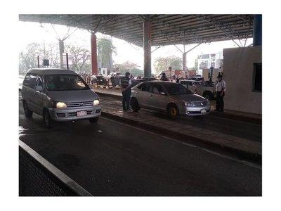 Paraguayos podrán ingresar durante las 24 horas desde el Brasil por Puente de la Amistad