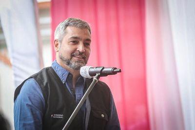 """""""Estamos fortaleciendo, como nunca en la historia, nuestro sistema de salud"""" – Mario Abdo Benítez"""