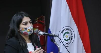 La Nación / Ley de la Función Pública: Hacienda aclara que no se eliminarán beneficios de estatales