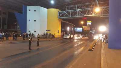 Puente de la Amistad: Migraciones estudia ampliación de horario de ingreso de paraguayos
