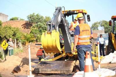 Avanzan labores de desagüe cloacal en Fernando de la Mora