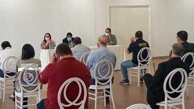 Reunión sobre protocolo sanitario en el Aeropuerto Guaraní