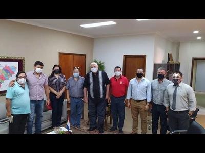 CLUBES DE ENCARNACIÓN RECIBIERON APORTES ECONÓMICOS DE LA GOBERNACIÓN DE ITAPÚA
