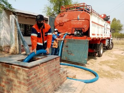 SEN distribuyó víveres y agua en el Chaco
