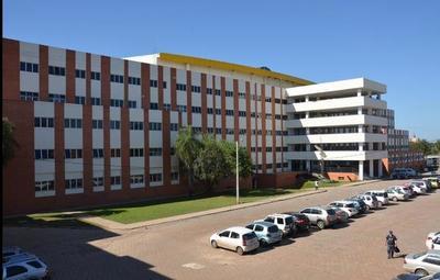 Hospital de Clínicas prioriza tratamiento con plasma para pacientes de escasos recursos