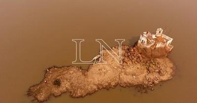 La Nación / AFP pondera atractivos turísticos de bajante del río