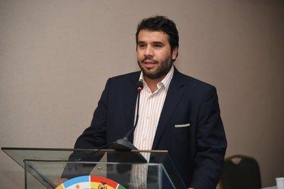 Hugo Figueredo destaca el esfuerzo en el inicio de las Eliminatorias