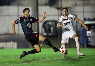Tras su gol 150, 'Sasá' asegura que quiere volver a la selección