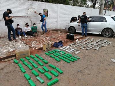 Marihuaneros traían macoña desde Canindeyú y terminaron en calabozo de la SENAD