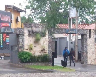 """Crónica / Hendy sitú y entran a pie al """"matadero"""""""