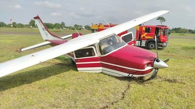 Crónica / ¡Sustazo! Avión de la Ministra se accidentó