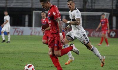 Olimpia y Nacional comienzan el Clausura con un vibrante empate