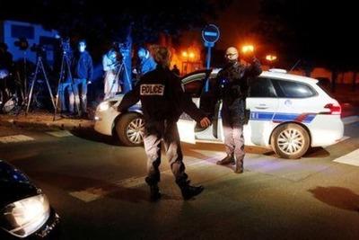Abaten a tiros a un presunto islamista que había decapitado a un profesor en Francia