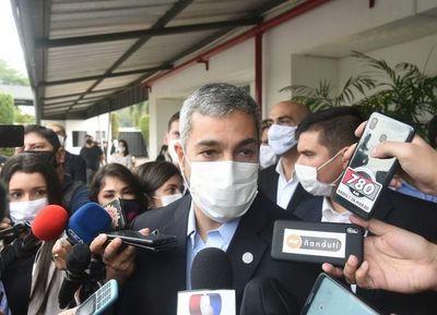 Abdo se deshace en elogios hacia Liz Cramer y anuncia que irá a Itaipú