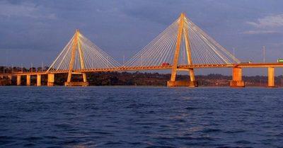 Encarnación: Comerciantes anuncian manifestación para exigir reapertura del puente