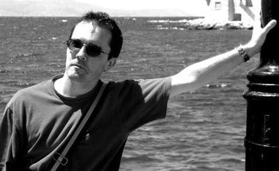 Asesinan a docente en Francia por mostrar caricatura de Mahoma