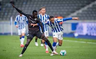 Omar Alderete fue suplente en la derrota del Hertha Berlín