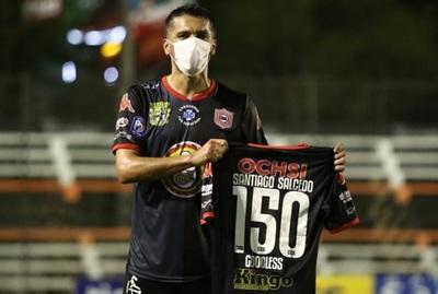 Salcedo ahora quiere jugar en la Albirroja