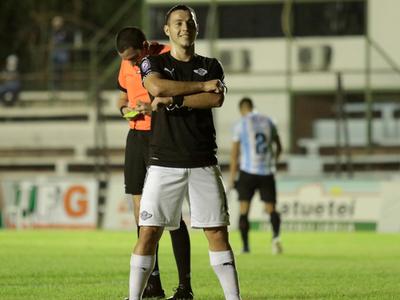 Libertad se sirve de sus goleadores para vencer a Guaireña