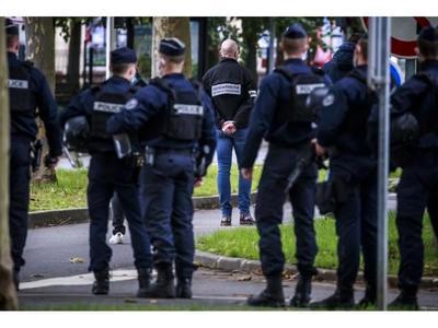 Conmoción en Francia tras  decapitación de un profesor