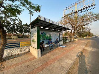 Instalan paradas de buses con criterios de sustentabilidad