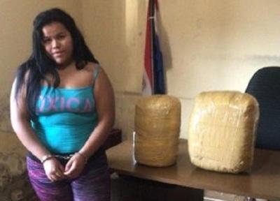 Detienen a una mujer que transportaba 13 kilos de marihuana en J. Eulogio Estigarribia