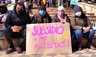 Reclaman subsidio urgente para 7.000 artistas de todo el país