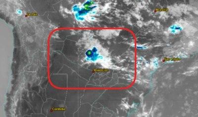 Persiste alerta de tormentas para el norte de la región Oriental y parte del Chaco