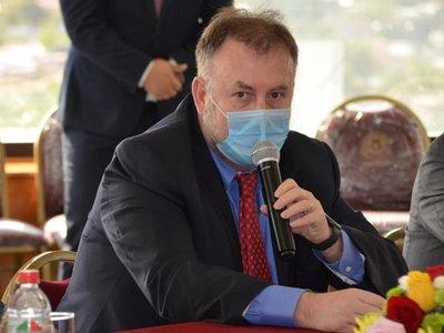 A días de renunciar, Benigno López aboga por reforma estatal para enfrentar pospandemia