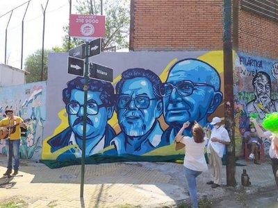 Mural en homenaje a jesuitas Oliva y Miguel Munárriz y al periodista Santiago Leguizamón