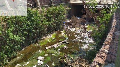 Cauce hídrico en completo abandono en Villa Elisa