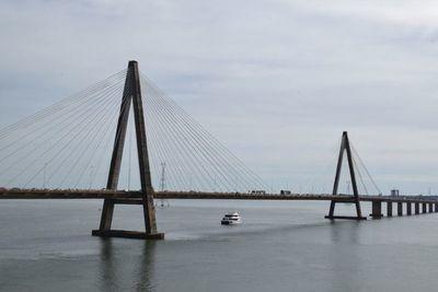 Encarnacenos se movilizarán mañana para exigir reapertura del puente