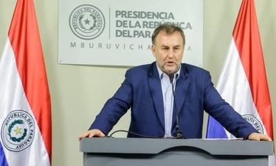 HOY / Hasta el 2022 no se puede hablar de un aumento salarial, afirmó Benigno López