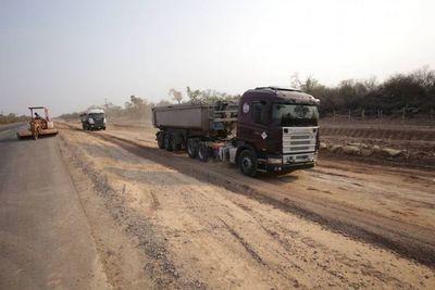 Subtramo de la Ruta Bioceánica en Loma Plata lleva adelanto de dos meses