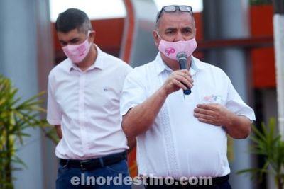 No todo es color de rosa: el testimonio del pedrojuanino Julio Vega, que a puro coraje venció al Cáncer de Mama