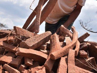 Alertan sobre utilización de piedras de gran valor patrimonial en ripios
